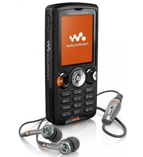 SONY ERICSSON QUAD BAND UNLOCKED BLUETOOTH GSM WALKMAN MOBILE PHONE