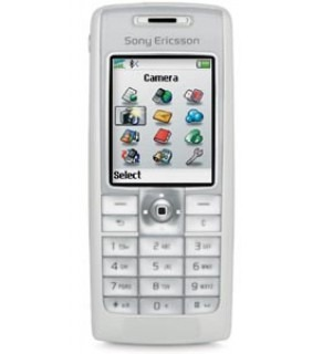 Sony Ericson Network 900/1800/1900 MHZ GSM Cell Phone