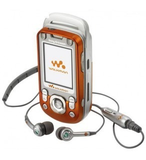 SONY ERICSSON TRIBAND UNLOCKED WALKMAN MOBILE PHONE