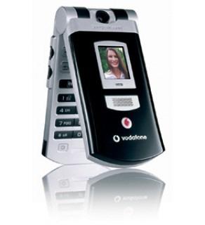 SONY ERICSSON UMTS TRIBAND UNLOCKED 3G PHONE