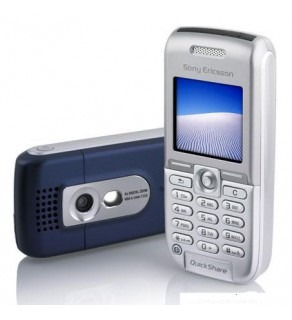 SONY ERICSSON TRIBAND UNLOCKED CAMERA PHONE