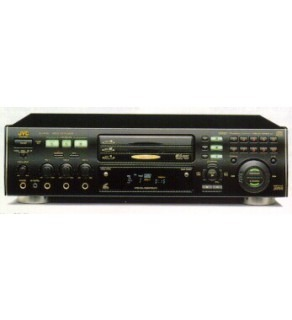 JVC Triple CD Player 110-220 Volts